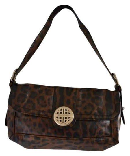 Preload https://img-static.tradesy.com/item/11145967/kate-landry-leopard-print-shoulder-bag-0-2-540-540.jpg