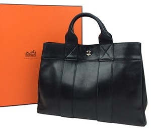 Hermès Leather Hermes Tote in Black