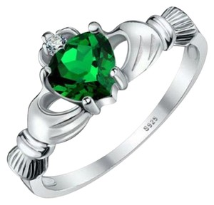 Other BNWOT ~ Emerald Claddagh and CZ Gemstone Ring, Size 8