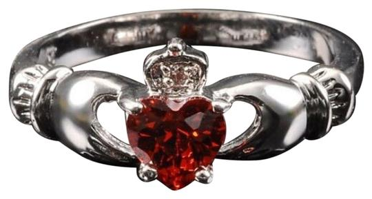 Preload https://img-static.tradesy.com/item/11147359/silverred-bnwot-claddagh-and-cz-gemstone-size-7-ring-0-2-540-540.jpg