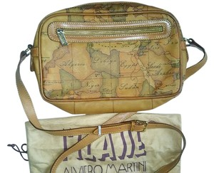 Alviero Martini Vintage Leather Pristine tan with iconic global print Travel Bag