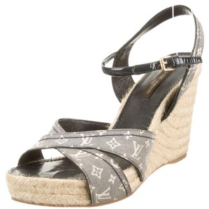 Louis Vuitton Blue Denim Print Lv Logo Monogram Beige Tan Nude Leather Jute Peep Toe Platform Hidden Platform Sandal Ankle Ankle New Blue, Beige Wedges