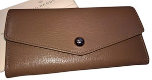 Mulberry Dome Rivet Continental Wallet
