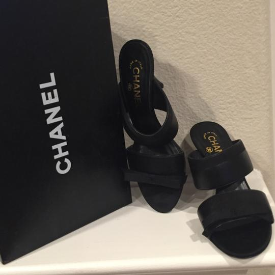 Chanel Leather Logo Cc Black Mules