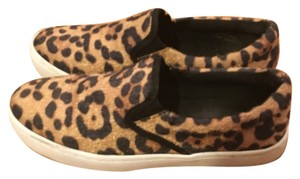 Wild Pair Patterned Athletic