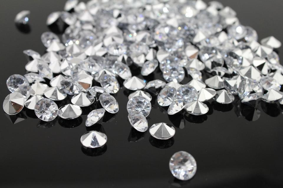 Clear 20000x 4 5mm 1 3 Ct Acrylic Diamond Scatter