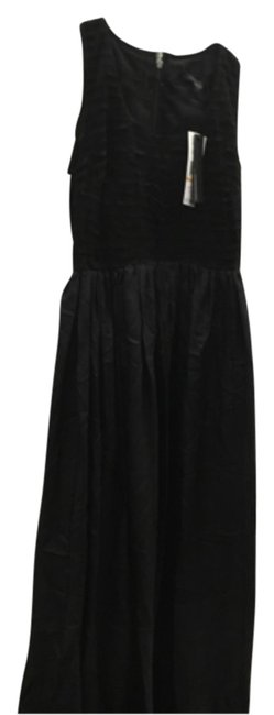 Preload https://img-static.tradesy.com/item/11154358/kenneth-cole-long-formal-dress-size-6-s-0-2-650-650.jpg