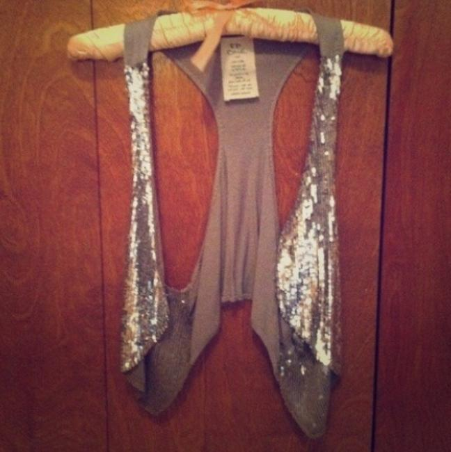 Item - Sequin Vest Silver Top