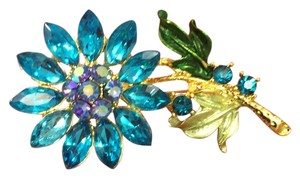 Trifari: unsigned Brooch Flower BLue Rhinestone Brooch UNSIGNED TRIFARI