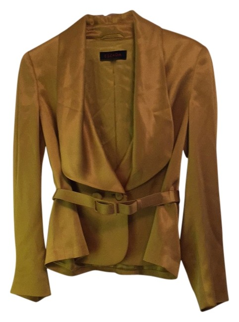 Preload https://img-static.tradesy.com/item/11155369/escada-gold-silk-jacket-blazer-size-2-xs-0-2-650-650.jpg