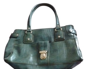 Liz Claiborne Made In China Polyurethane Satchel in GREEN