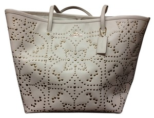 Coach Studded Leather Tote in Light Gold/Chalk