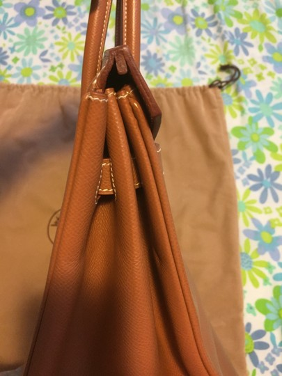Hermès Satchel in Gold/Brown