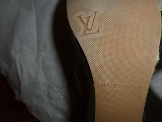 Louis Vuitton OFF WHITE PATENT LEATHER FABRIC STRAP Wedges