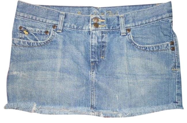 Preload https://item5.tradesy.com/images/abercrombie-and-fitch-distressed-denim-mini-size-6-s-28-1115829-0-0.jpg?width=400&height=650