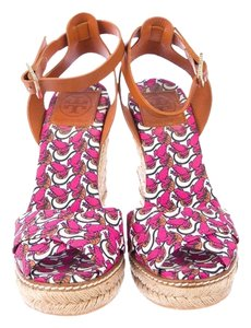 Tory Burch Frog Straw Lilypad Pink Wedges