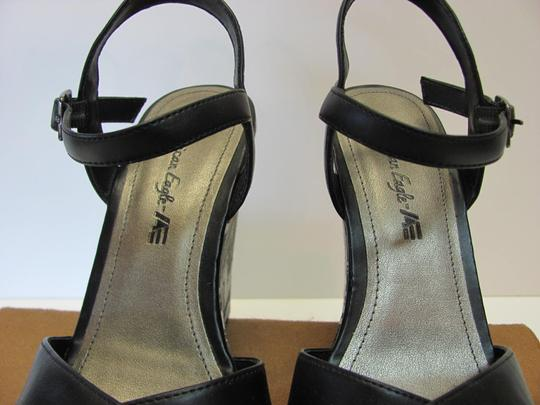 American Eagle Outfitters Size 8.00 M Very Good Condition Black, Gray, White Platforms