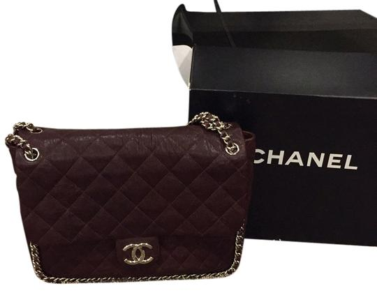 Preload https://img-static.tradesy.com/item/11163439/chanel-chain-around-leather-shoulder-bag-0-1-540-540.jpg