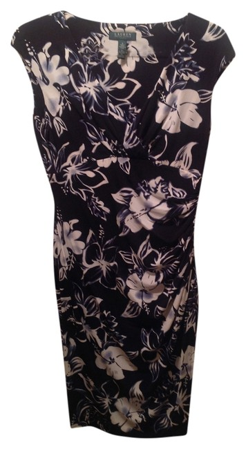 Preload https://img-static.tradesy.com/item/11170033/ralph-lauren-black-floral-knee-length-night-out-dress-size-8-m-0-1-650-650.jpg