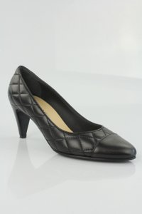 Chanel Yellow Patent Patent Leather Cut Out Black Pumps