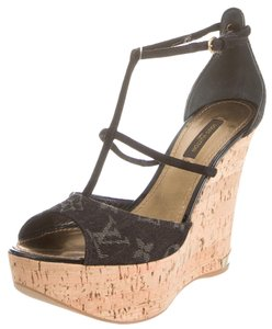 Louis Vuitton Blue Denim Print Lv Logo Monogram Beige Tan Nude Leather Jute Peep Toe Platform Hidden Platform Sandal Ankle Ankle New Black, Beige Wedges