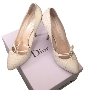 Dior White Pumps