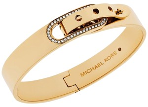 Michael Kors NWT MICHAEL KORS GLITZ PAVE CRYSTAL BUCKLE GOLD TONE OVAL BANGLE MKJ4614710