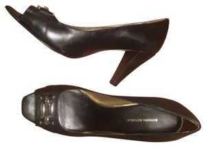 Banana Republic Peeptoes Leather Gold Accent Black Pumps