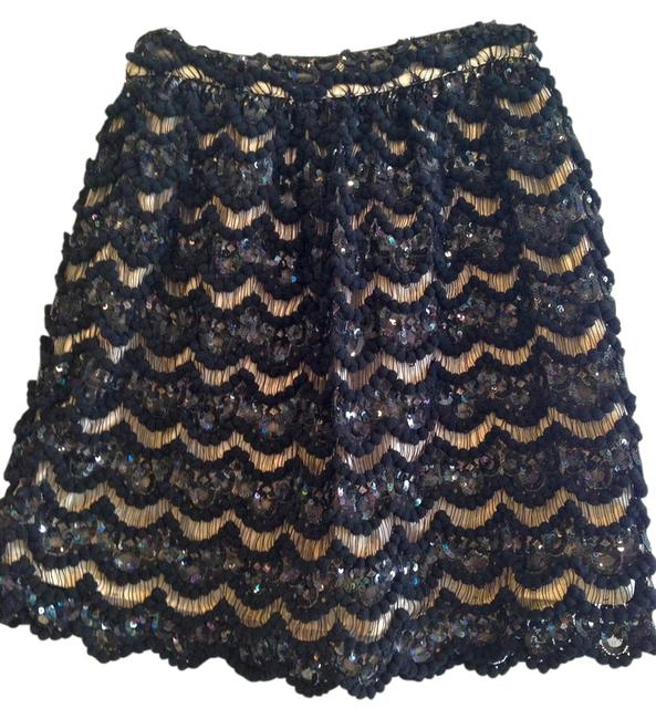 Preload https://item5.tradesy.com/images/alice-olivia-skirt-black-and-champagne-1117784-0-0.jpg?width=400&height=650