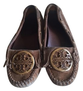 Tory Burch Moccains Toffee Flats