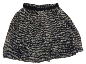Club Monaco Skirt Black and beige print