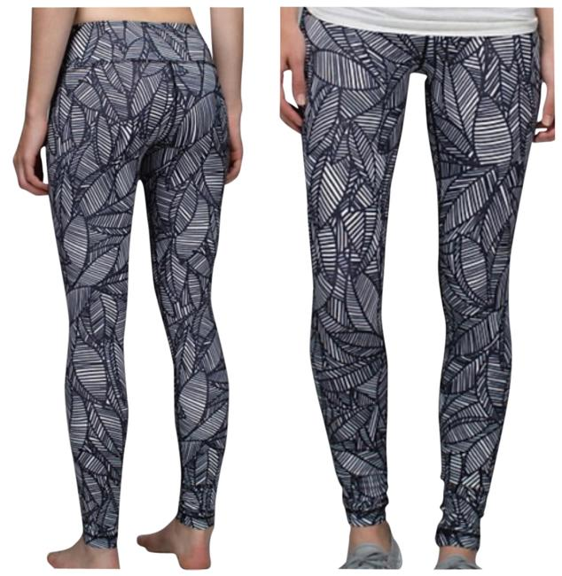 Item - Black and White New with Tags Wunder Under Pants Bhxq Activewear Bottoms Size 4 (S, 27)