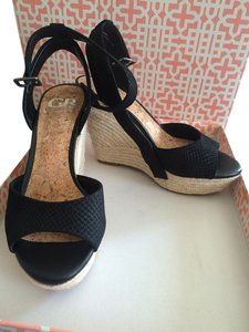 Gianni Bini Black Wedges