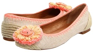 Juicy Couture Natural /Orange Flats