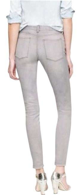 Item - Dolphin Grey Light Wash Factory In Skinny Jeans Size 27 (4, S)