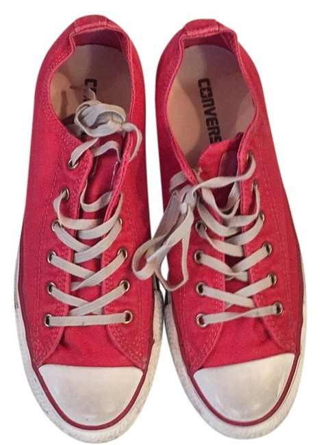 Item - Washed Red Sneakers Size US 8 Regular (M, B)