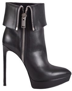 Saint Laurent Ankle Ankle Black Boots