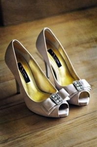 Nina Shoes New York With Foot Petals Elegant Sophisticated Chic Wedding Wedding Shoes