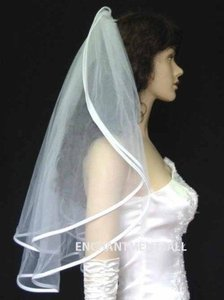 2t White Wedding Veil With Ribbon Ends