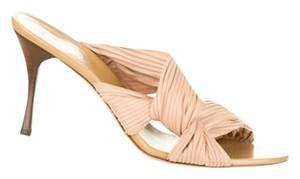 Gucci Nude Sandals