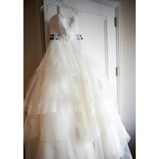 Anne Barge Peal with Black Sash (Lace Application) Tool Silk Gown Traditional Wedding Dress Size 6 (S)