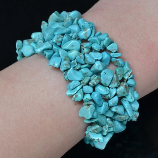 "Other STRETCHY 6"" BLUE TURQUOISE HOWLITE GEMSTONE CHIP BRACELET"