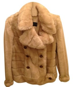 Gucci Vintage Faux Fur Brand New Condition Beige Jacket