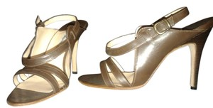 Manolo Blahnik Strappy brown Pumps