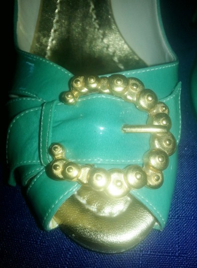 Sergio Zelcer Christmas Party Festive Leather green with gold metal buckles Pumps Image 5