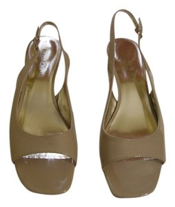 Etienne Aigner Nude Slingback Open Toe Tan Wedges