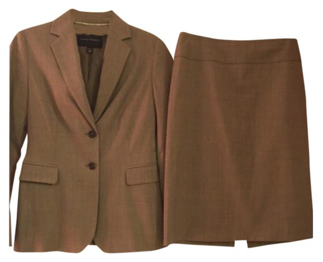 Item - Taupe Skirt Suit Size 0 (XS)
