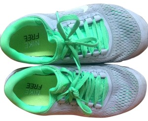 Nike Green And Grey Athletic