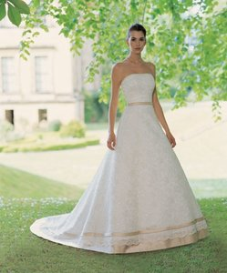 Ivory Sincerity Bridal (3070) Traditional Wedding Dress Size 8 (M)