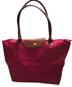 Longchamp Large Le Pliage Tote Tote in Cranberry-like